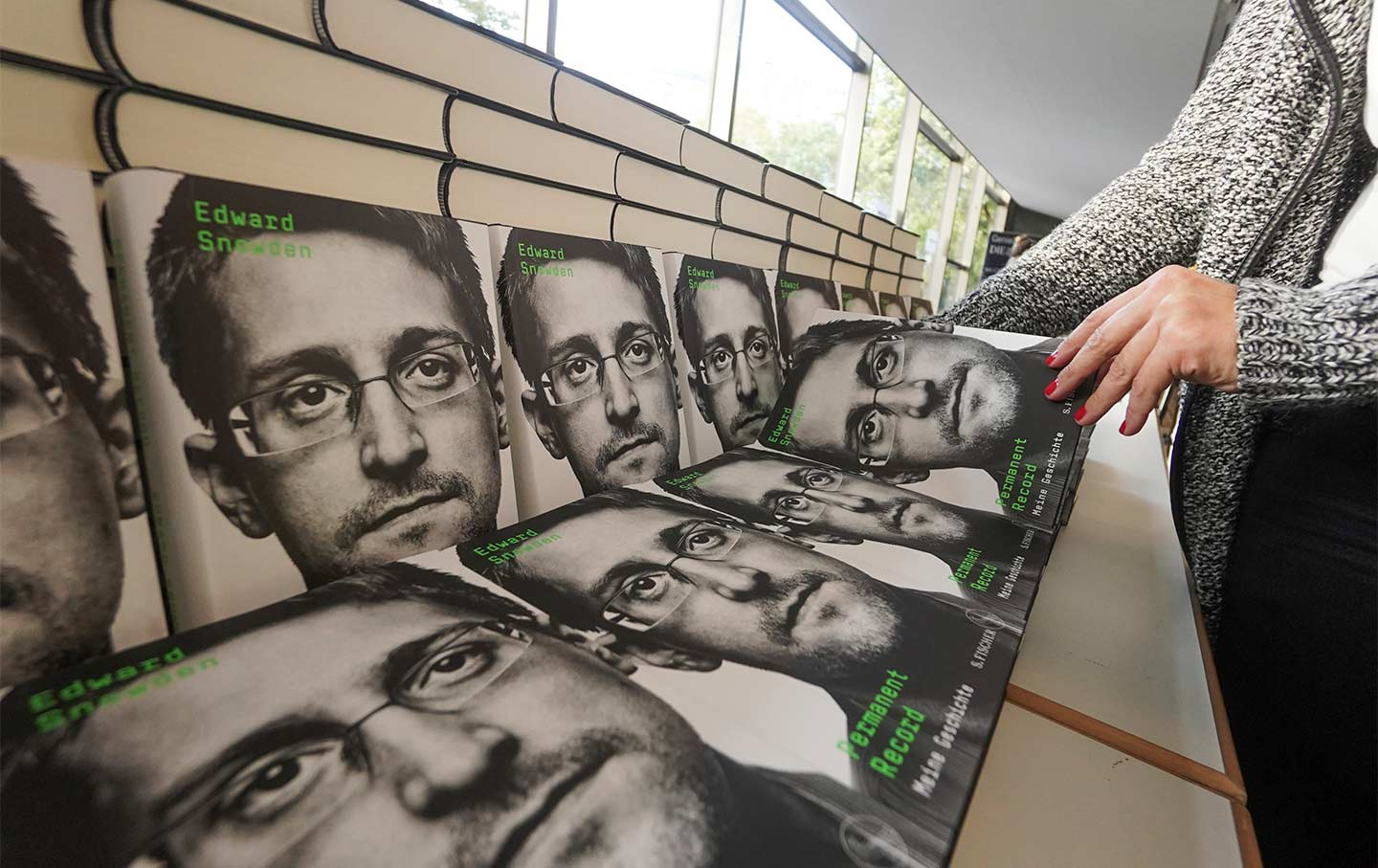 Edward Snowden is a 2020 Election Issue