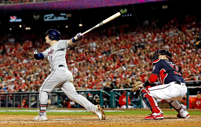 astros-home-run-baseball-img
