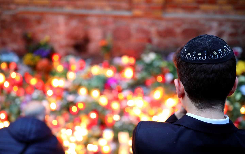 halle-synagogue-shooting-rtr-img