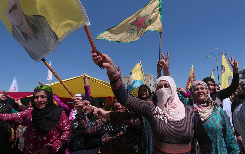 kurdish-women-protest-airstrikes-rt-img