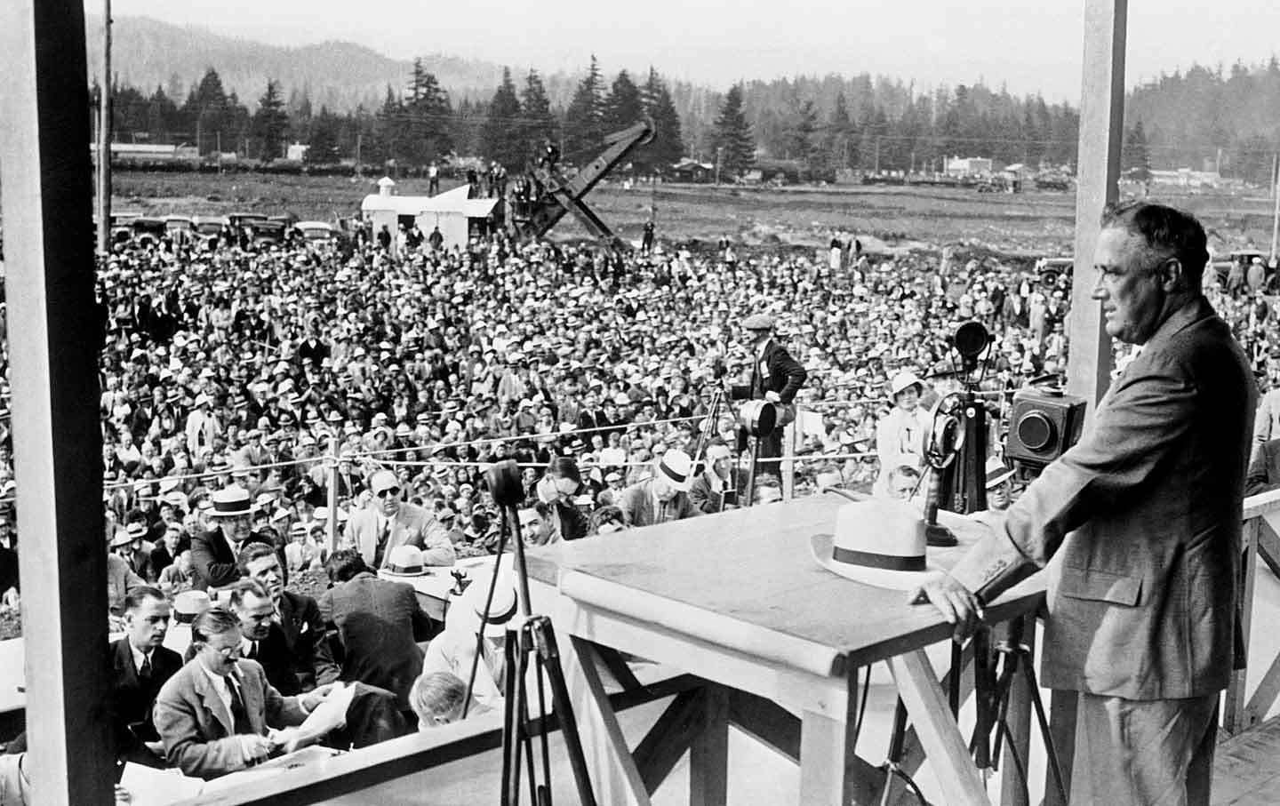 FDR-Oregon-1934_ap_img