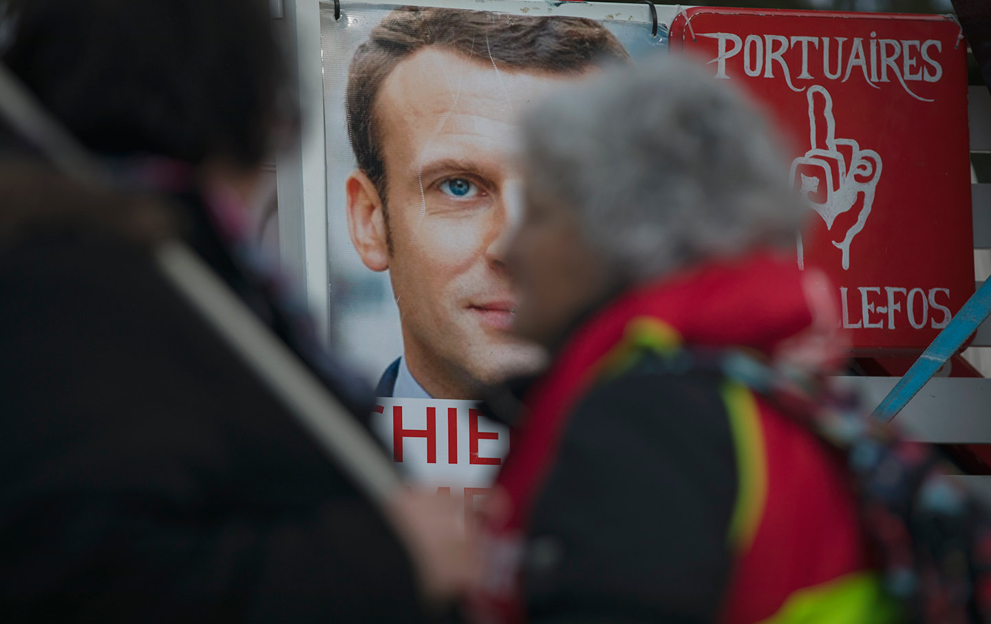 Macron Poster France