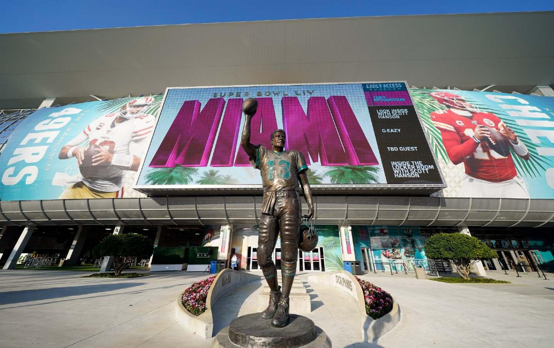 Miami-Superbowl-Prep-ap-img