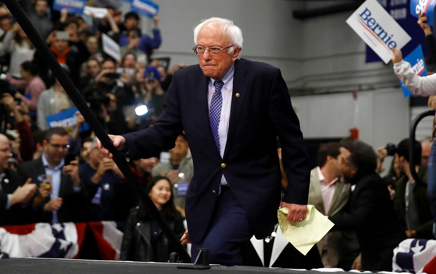 bernie-sanders-new-hampshire-win-ap-img