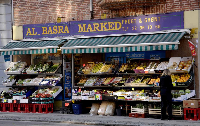 denmark-arab-grocery-store-gty-img