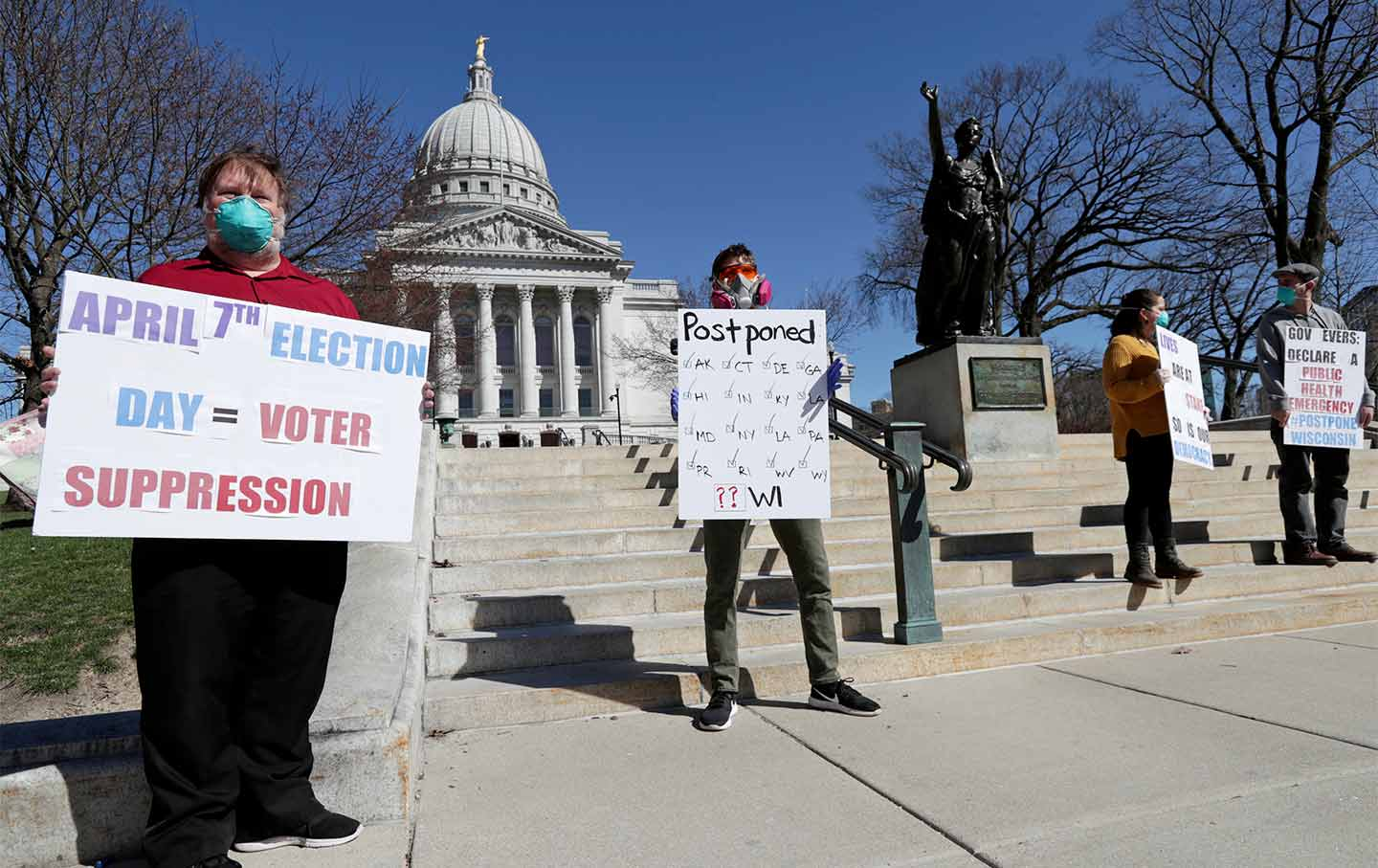 wisconsin-covid-voting-protest-ap-img