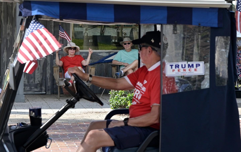 trump-golfcart-img