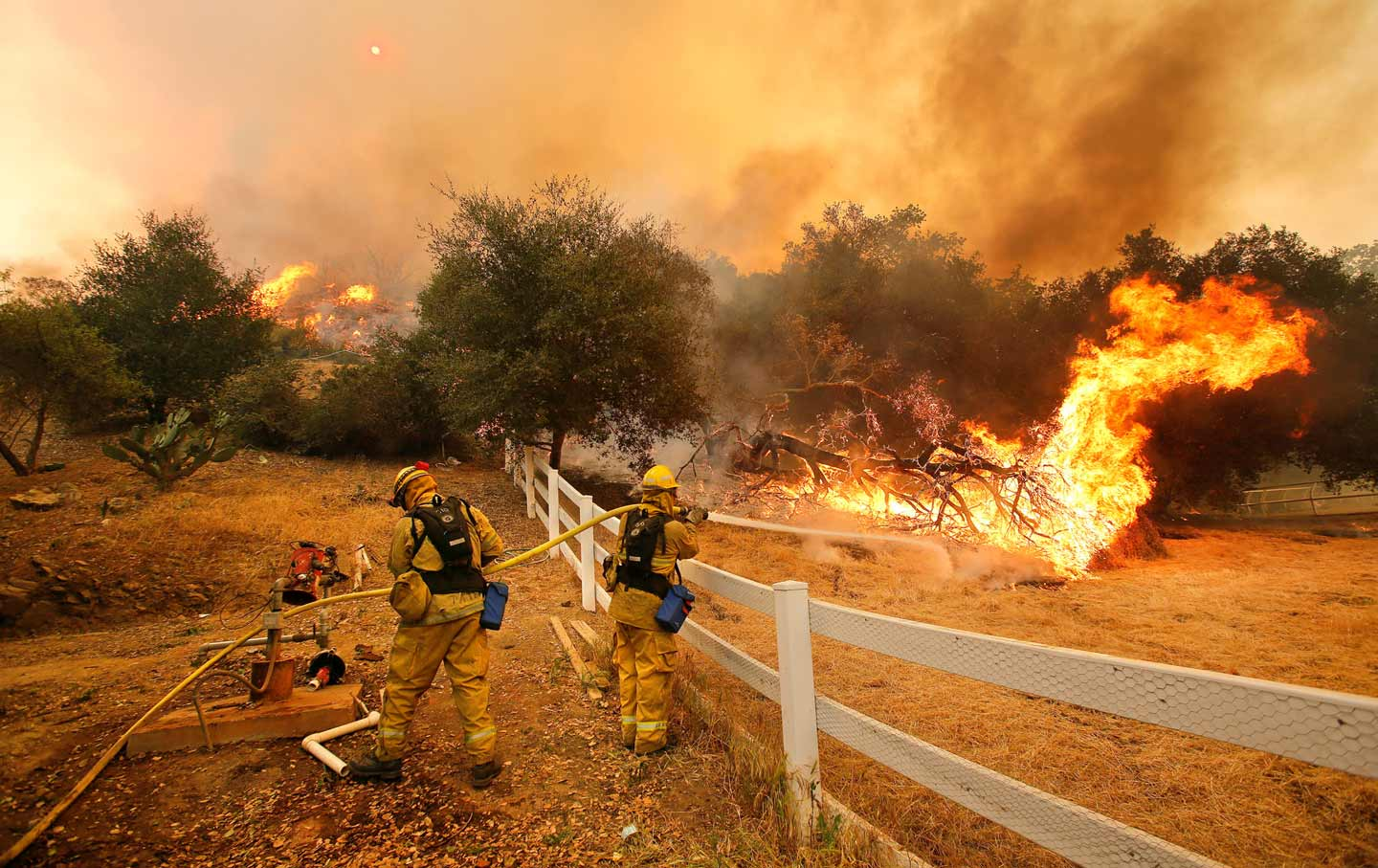 california-wildfire-firefighters-cc-img
