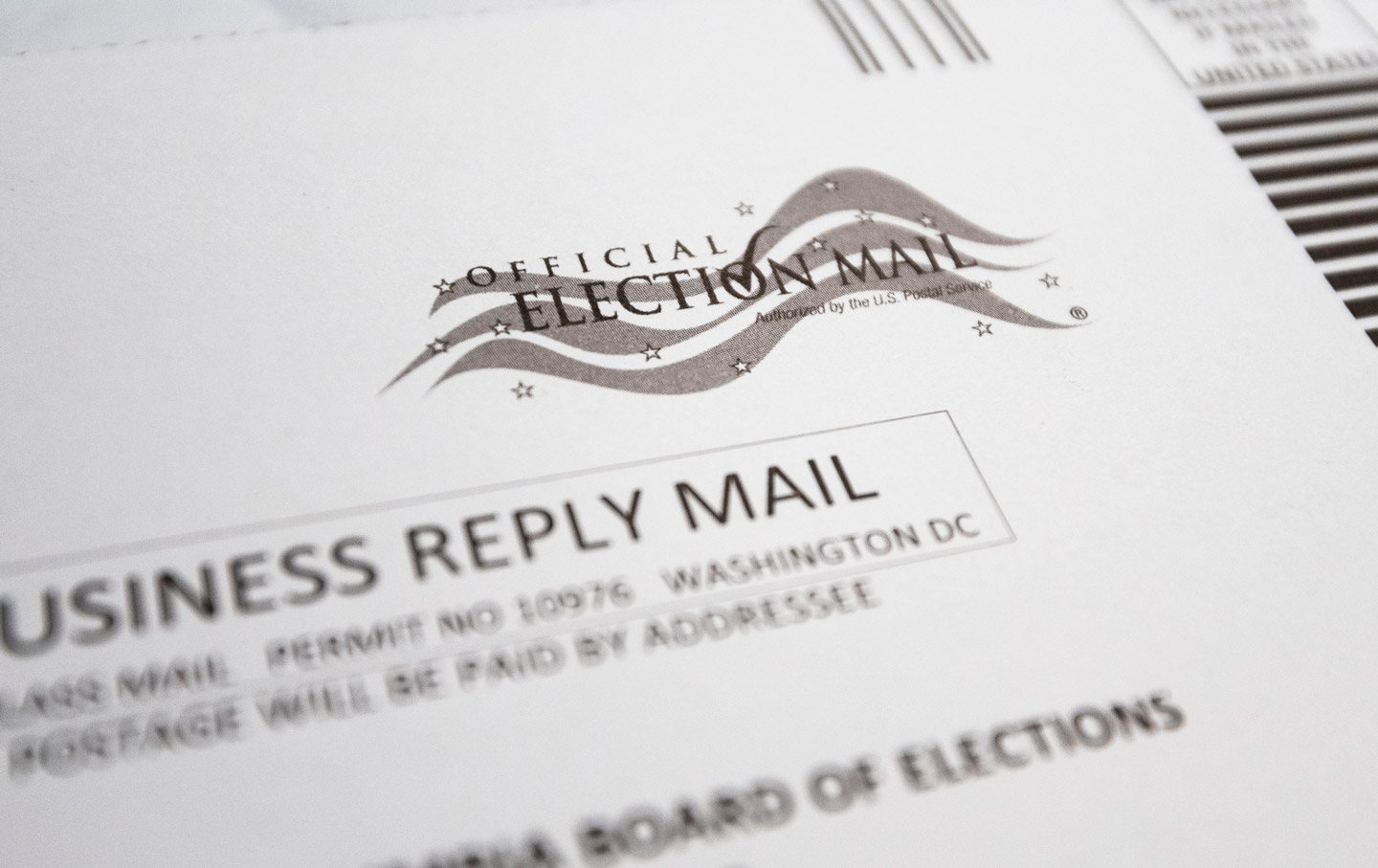 absentee-ballot-envelope-vote-gty-img