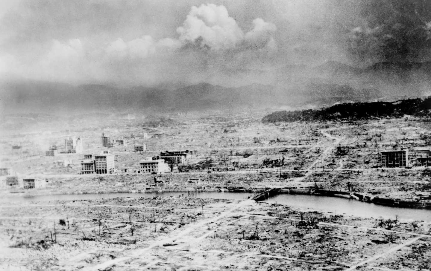 How a News Report on Hiroshima Helped Prevent Nuclear War