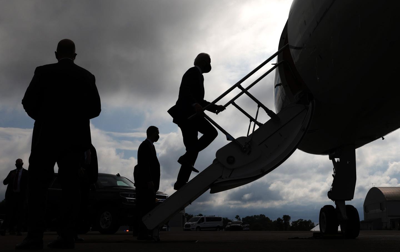 joe-biden-silhouette-plane-gty-img