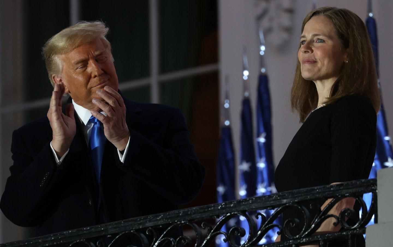 Trump claps for Amy Coney Barrett
