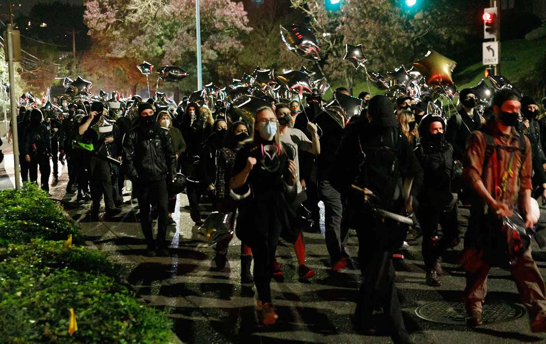 portland-police-protest-ap-img