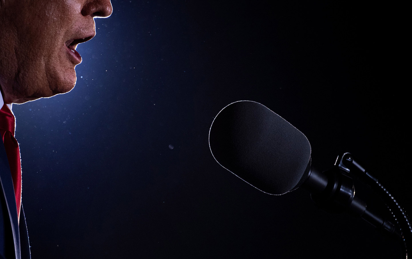 trump-mouth-light-microphone-gty-img