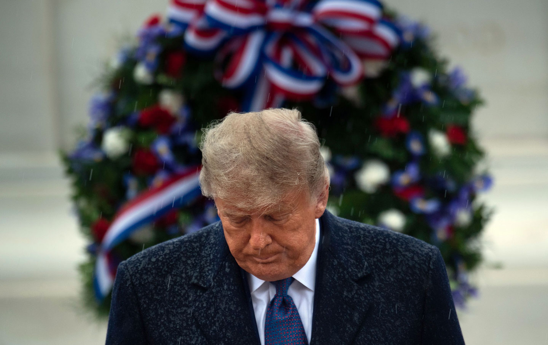 trump-rain-tomb-veterans-day-gty-img