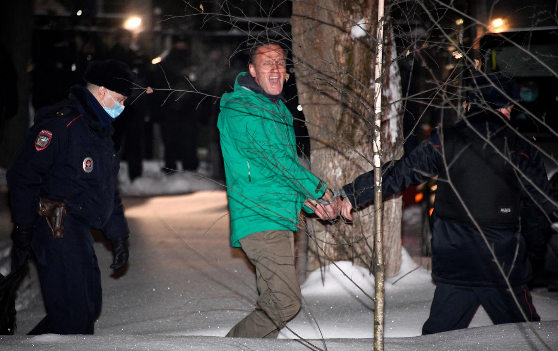 alexei-navaly-police-custody-gty