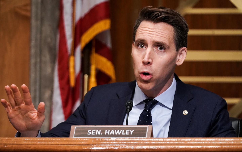 josh-hawley-senate-gesture-gty-img