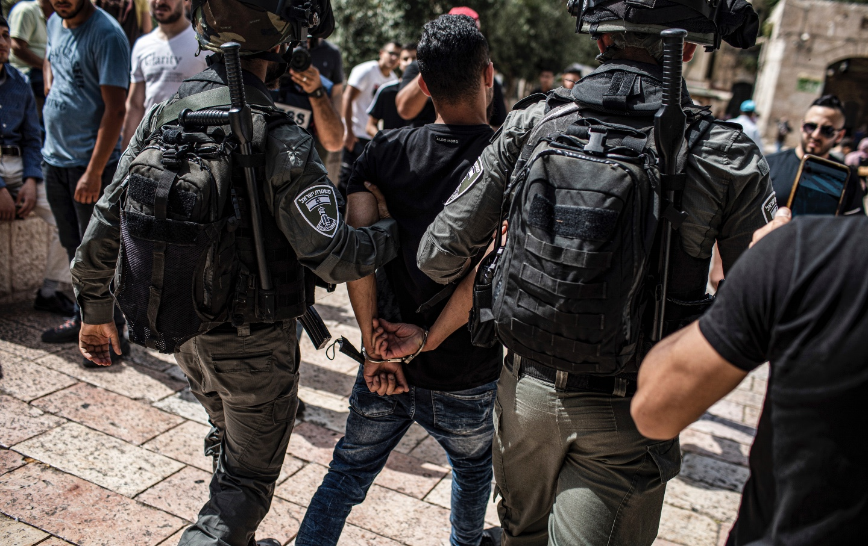 Israel arrests Palestinian