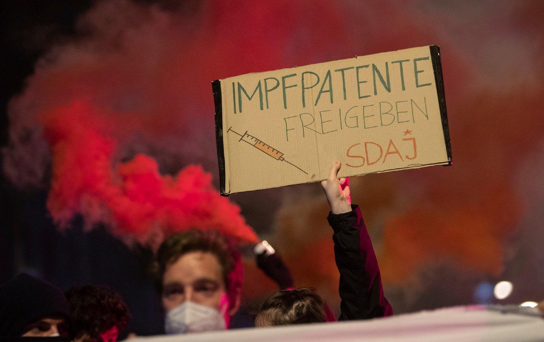Frankfurt patent demonstrations