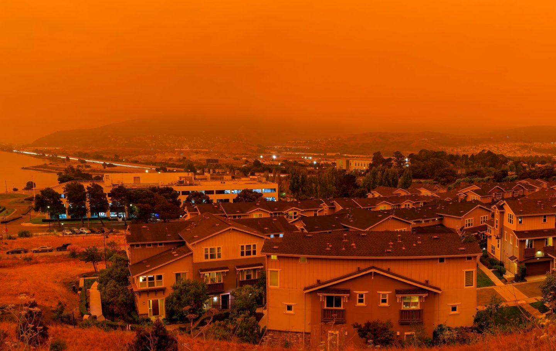 Thick,Orange,Haze,Above,San,Francisco,On,September,9,2020