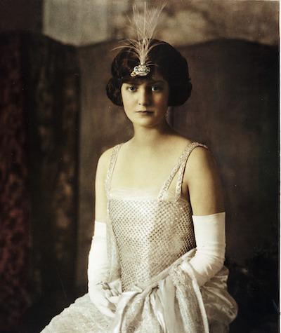 Eleanor Simmons. 1921 Veiled Prophet Queen.