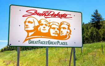Why the Superrich Are Flocking to South Dakota